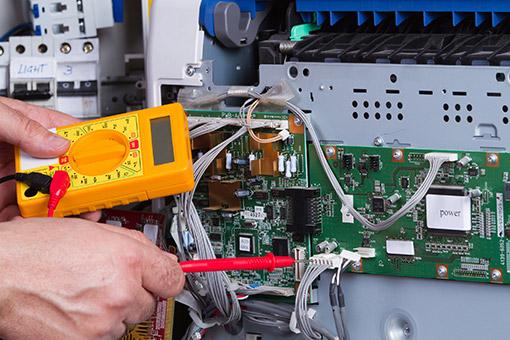 electrician-in-Garden-City-MI